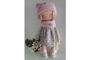 кукла Тильда с цветами