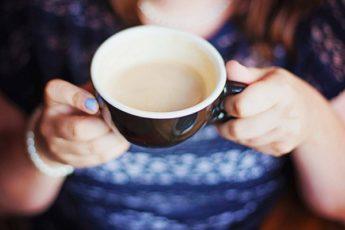 молоко в чай