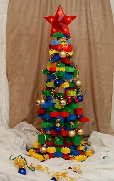 елка из лего