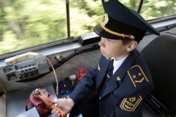 машинист на детской железной дороге